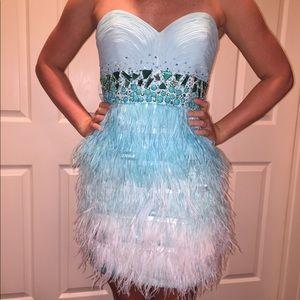 Dresses & Skirts - Short blue cocktail dress